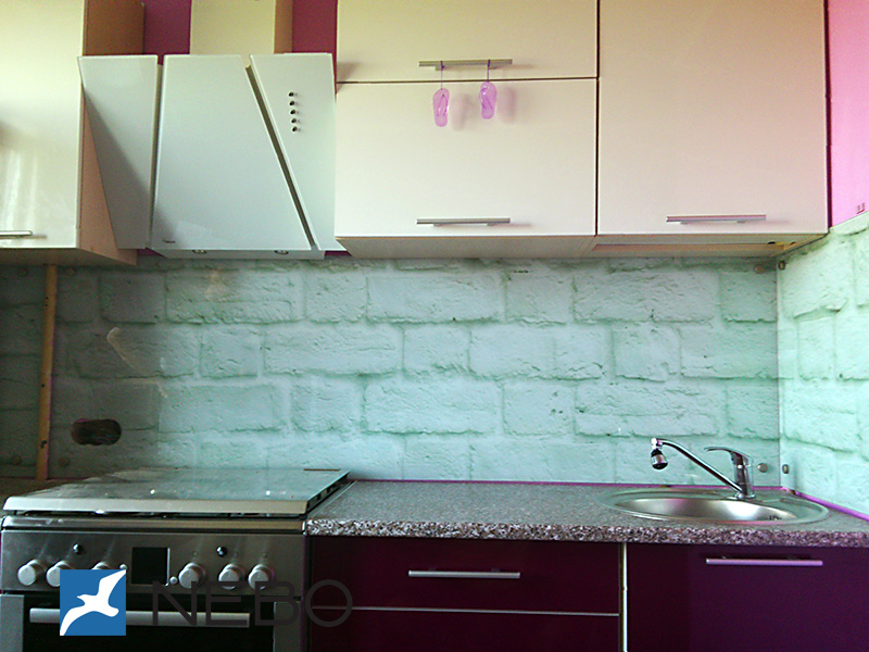 Установка скинали на кухне видео